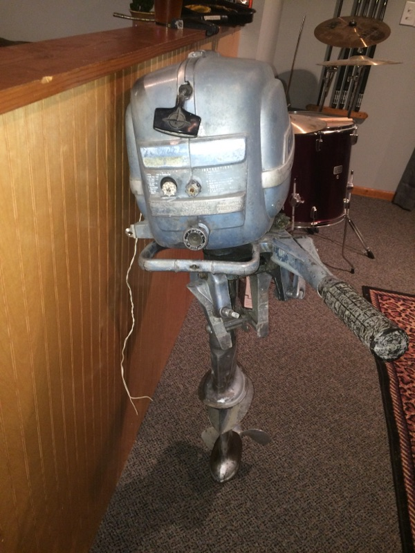 1953 Evinrude Fastwin 15HP Model 15012 – Antique Outboard